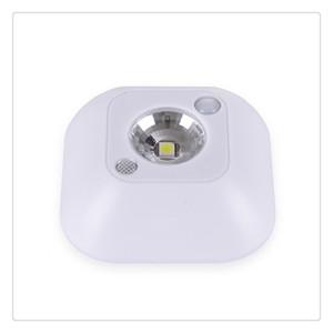 2019 LED Sensor de movimiento Luz nocturna Mini lámpara de techo de noche inalámbrica Lámparas de gabinete de porche con batería con control de infrarrojos