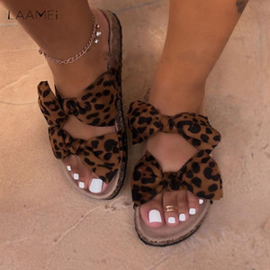 2020 nuovo arco leopardo Donne Slipper Summer Open Toe piattaforma scorrevole dame di luce della cavità di modo Slip On sandali Scarpe Donna