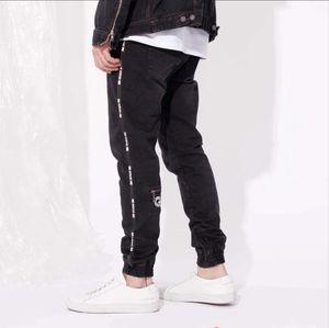 Spring Sports Mens High Street Дизайнерские джинсы Black Zipper дизайн Стильный Прохладный карандаш штаны Длинные брюки