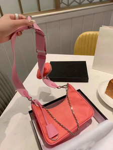 yisykiy 2020 sacchetto di colore noto marchio di moda nera per gli uomini e le donne all'ingrosso dei nuovi prodotti Cross-body bag in nylon con portafoglio piccole Coin
