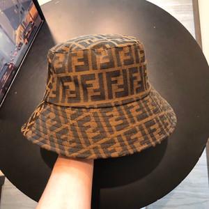 L'ultima Fashion Designer Bucket Cap per le donne del Mens classico pieghevole Caps di alta qualità di sport esterni Sunscreen Pescatore Cappello all'ingrosso