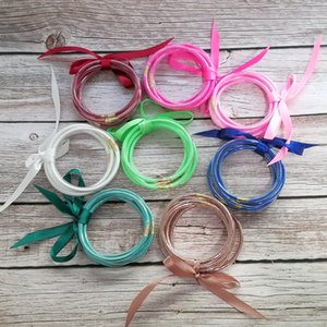 65mm 5pcs / Set All Weather Glitter Tube Jelly Bangle Bracelet Set Mujeres Bowknot lleno de gelatina apilada brazaletes pulseras joyería de verano