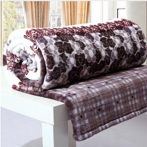Soft Warm Coral Fleece Blanket on Bed Sofa Plane Travel Winter Blanket High Quality Throw Sleeping Bed Cobertor