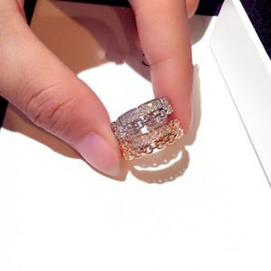 HFYK 2019 Luxuoso Rose Gold Cubic Zirconia Anéis Para As Mulheres Oco Anéis De Casamento Partido Jóias Bague Femme Anillos Ringen