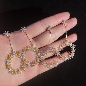 2019 Diseñador de la marca de joyería Letra C Pendientes con colgante brillante Cubic Zirconia 925 Pendientes Flor de plata Anillos para mujeres
