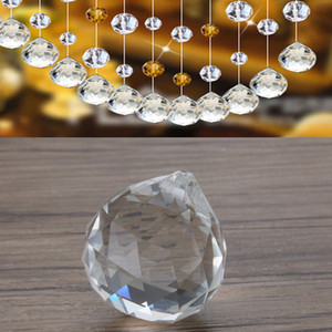 30mm Bola Prisma Rainbow Sun Catcher Remodelação de cristais de vidro transparente para lustres Lâmpada de Cristal Feng Shui apanhador de sol