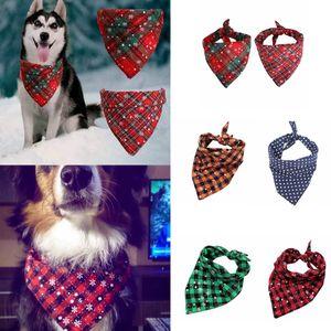 Рождество Pet шарф треугольник нагрудники Собака Бандана Buffalo Plaid Снежинка Kerchief костюм аксессуары для Маленький Средний Большой Собаки Кошки FFA3270