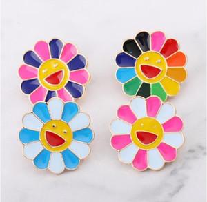 Yeni ayçiçeği mutlu gülümseme broşlar 4 renkler emaye pin yaka pin rozeti düğmesi broches 170