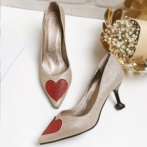 Cheap and High Quality Supplier Glitter Heart Shaped Pointed-toe High Heels Slip-on Pumps Women's Dress Shoes lll