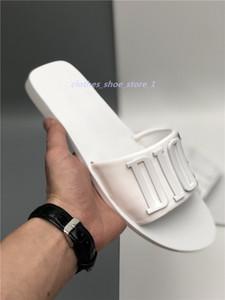 Top Hommes Femmes Sandales avec correct imprimé serpent sac à poussière Designer Chaussures de luxe Diapo Summer Fashion large Sandales plates Slipper xshfbcl