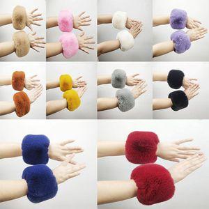 Kreis Volltonfarben Plüsch-Armband Art und Weise warmer Pelz Runde Armbänder Armbänder Handring Halloween Weihnachtsfest-Geschenk RRA2201 Favor