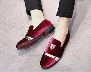 New Fashion Gold Top and Metal Toe Men Velvet Dress shoes italian mens dress shoes Handmade Loafers plus size