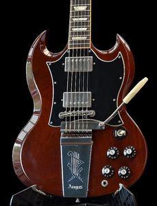 희귀 앵거스 젊은 와인 체리 레드 SG 일렉트릭 기타 새겨진 거문고 Vibrola 마에스트로 트레몰로, 리틀 핀 톤 프로 다리, 진주 상감을 사다리꼴