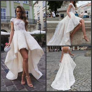 2019 New Stylish High Low Backless Vestidos De Casamento Com Mangas Cap A-Line Bateau Neck Tulle Lace Appliqued Vestidos de Noiva Curto