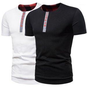 Кнопка Mens Tshirts способа Patchwork Tshirts с коротким рукавом Экипаж шеи Повседневный Тис Мужчины Одежда Щитовые Color Designer