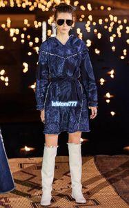 Luxe Design 2020 femmes surdimensionné filles MILLÉSIME ligne denim capuche robe avec mesure de cow-boy de la piste haut de gamme d'impression florale chemises habillées