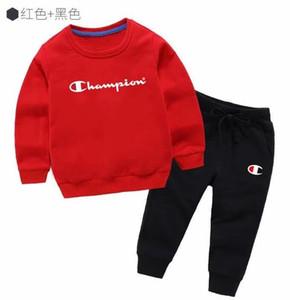 cabrito de la manera niños pantalones de la camiseta la chaqueta con capucha Traje 2 traje de algodón envío libre 200111
