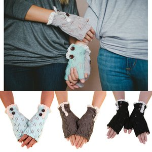 New European and American style Christmas half-finger gloves leaves lace buttons warm knitted woolen gloves lace women