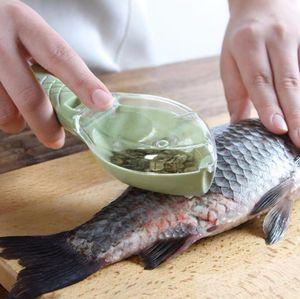 Herramienta multifuncional de limpieza de pescado Matar escalas de raspado con dispositivo de cuchillo Cocina en casa Accesorios de cocina Cepillo de escamas de pescado Envío gratis
