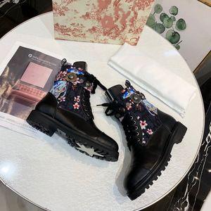 Caldo qualità vendita-alta au-dessus du genou Scarpe Donna Sorayama STIVALETTO signora Boots punta tonda OBLIQUI vera pelle nel corso degli stivaletti al ginocchio