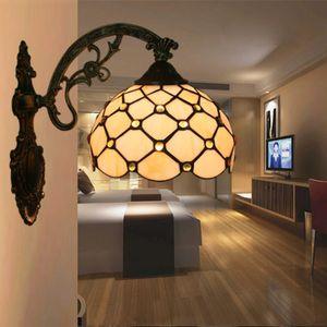 유럽의 빈티지 벽 라이트 티파니 스테인드 글라스 비즈 벽 램프 거실 침실 베드 사이드 Luminaria 연구 통로 계단 벽 Sconce