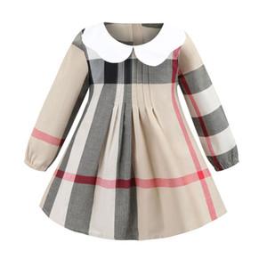 Revers manches longues enfants vêtements griffés filles robes INS styles de printemps européens et américains fille coton de haute qualité grande robe à carreaux 5420