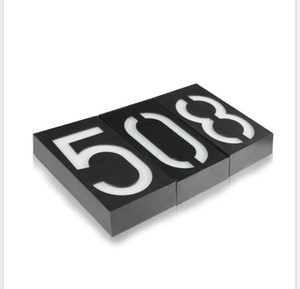 Digital-Solar-Hausnummernleuchte