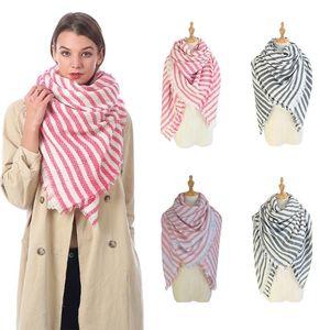 Mode Frau Gestreifte Strickschal Outdoor-verursachender Winter warm Crochet Ski Schal Dame Knit Travel Schal TTA1668