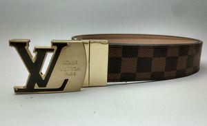 2019 Vente chaude ceinture de luxe Ceinture en cuir pour hommes simples et luxueux, jeans, ceinture en cuir décontractée, ceinture à aiguilles et boutons