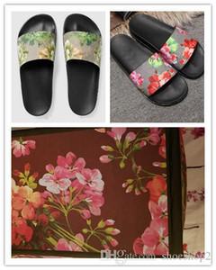 sandálias Moda de slides chinelos para mulheres dos homens com BOX 2018 Hot flor impressa unisex aleta praia-flops slipper