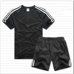 2019 New Arrivals Summer Mens tuta manica corta T-shirt e pantaloncini casual con cappuccio sportivo completo sportivo da uomo girocollo sportivo