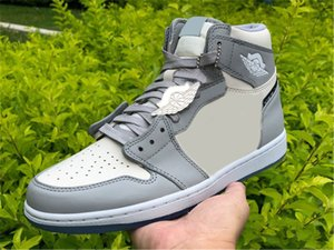 Authentic 1 High OG Low Basketball Shoes Man Wolf Grey Sail Photon Dust White Mens Trainers Designer Sneakers With Original Box Size 7-13