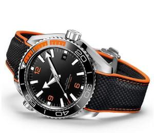 Luxo Profissional 600 m James Bond 007 Relógio Mestre Co-Axial Movimento Automático Alça de Lona Inoxidável Esporte Mens Relógios de Pulso