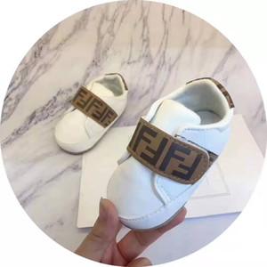 Детские мальчиков Конструктор обувь для продажи Симпатичные Mocasins Унисекс Детские ходунки Первая Дизайнерская Обувь для младенцев Новорожденный Идеи для подарков Оптовая