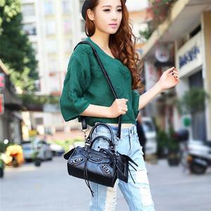 Luxury Fashion Big Flap Bags Handbags Women Famous Brands Designer Crossbody Bags Women Shoulder Bags Chains Ladies Handbags