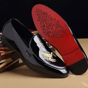 M-anxiu Animal Prints Shoes Impressão de couro clássico Moda Doug sapatos homens de negócios Pointed Toe de couro liso Wedding Shoes Brilhante