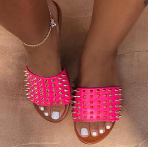 Nouveau dames sandales Casual Sandales rivets pantoufles fond plat nail plage chaussures