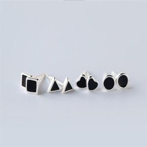 925 Ayar Gümüş Küpe Erkek Kadın Siyah Emaye Geometrik Tiny Saplama Küpe Moda Yuvarlak Kare Kalp Üçgen Küpe Severler Hediyeler AL