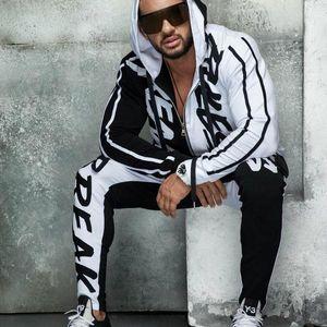 Hip hop de moda para hombre de los chándales de diseño Cardigan Sudaderas Pantalones sportwear sistemas de la ropa streetwear Trajes traje carta del diseñador gimnasio