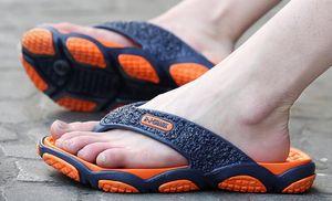 Discount Cheap 2019 neue Hausschuhe Herren Massage Sohle Flip Flops Anti-Rutsch-Strandschuhe im Sommer Sandalen im Indoor-Bad Online-Shopping