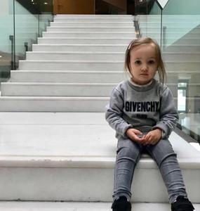 새로운 운동복 남자 아이 의류 봄 가을 Cartton 풀오버 여자를위한 패션 유아 의류 O-넥 스웨터 탑 오는