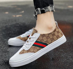 2019 alta qualità Fashion designer Uomo stile classico lace-up Scarpe di lusso piatto Walking Shoe Dress Party Wedding Shoe