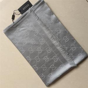 Mode Herbst / Winter Schal weiche Baumwolle Schal Marke Garn gefärbt gedruckten Schal Bestnote Männer und Frauen Schal 180 * 70cm