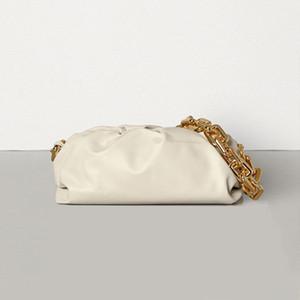 Düğün için Zarf Bulut Çanta Yumuşak Buruşuk Dumpling Omuz Çantası Büyük Zincirler Çanta Tasarımcı Akşam Debriyaj Kılıfı Çanta