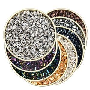 10000 unids 2 MM Silver Tube Seed Beads Glass Beads Charms Spacer Beads para la joyería DIY que hace la pulsera collar accesorios de la joyería al por mayor