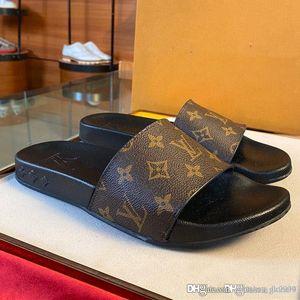 kutusuyla Yeni erkek ve kadınlar WATERFRONT MULE lüks tasarımcı ayakkabı kadın erkek terlik 1A7VP0 1A3PRW sandalet en kaliteli