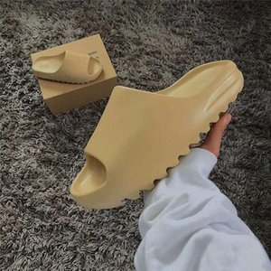 2020 adidas yeezy yeezys yezzys  new kanye west slide Men Women Bone Desert Resin Sandals Designers