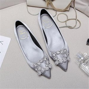 European style 2018 new ladies pointed flat snowflake rhinestone single shoes satin red bridal wedding shoes custom-made of girl