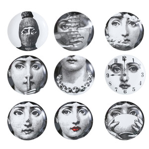 Retro Home Wall Decoration Hanging Round Ceramics Printed Portrait Plates Durable Coffee Shop Home Wall Decor 8 Inch Plates RRA2050