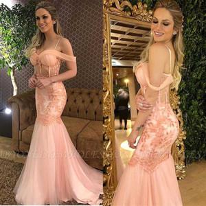 Spaghetti Strap Sexy Pink Pearl Appliqued merletto Mermaid Abiti da sera in tulle sweep treno al largo della spalla abiti occasione speciale
